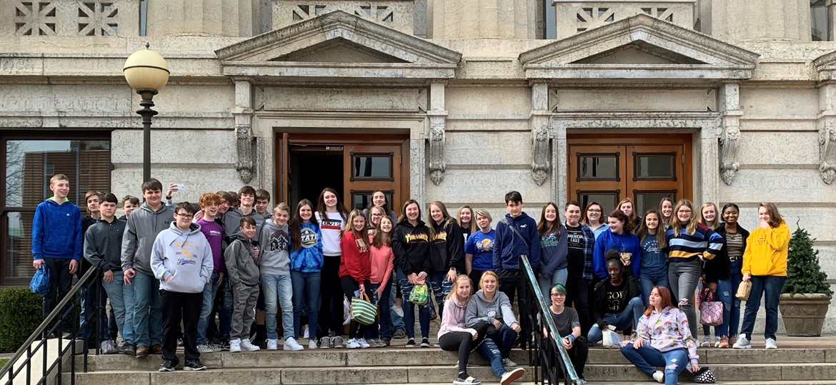 Eighth Graders Visit Statehouse